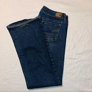 American Eagle favorite boyfriend jeans size 10